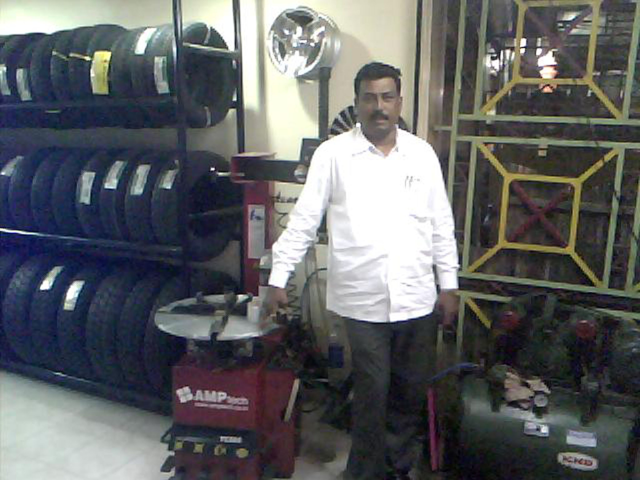 pankaj tyres pune customer